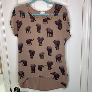 Woman's size small elephant shirt top size small